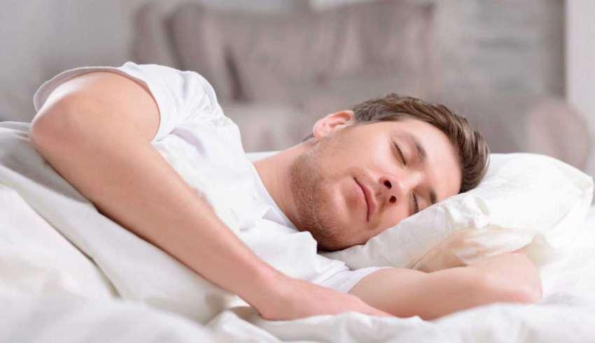 خواب کمتر از 5 ساعت خطر ابتلا به زوال عقل را 2 برابر افزایش میدهد