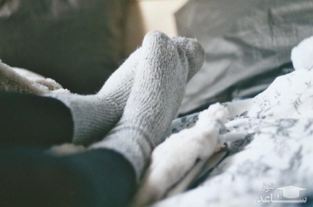 چرا با افزایش سن بیشتر احساس سرما میکنیم؟